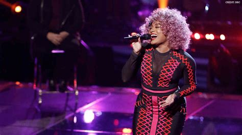 """Watch The Voice 2018 Miya Bass """"Issues"""" Blind Audition"""