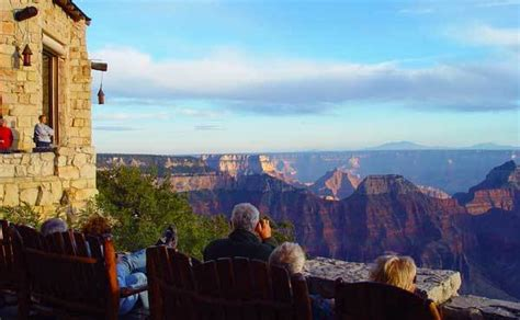 Which rim of Grand Canyon is best?