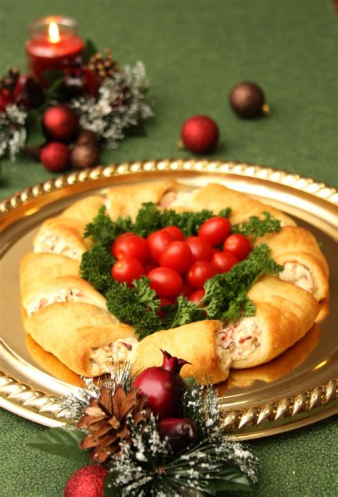 Christmas Wreath Appetizer Recipe - Just Short of Crazy