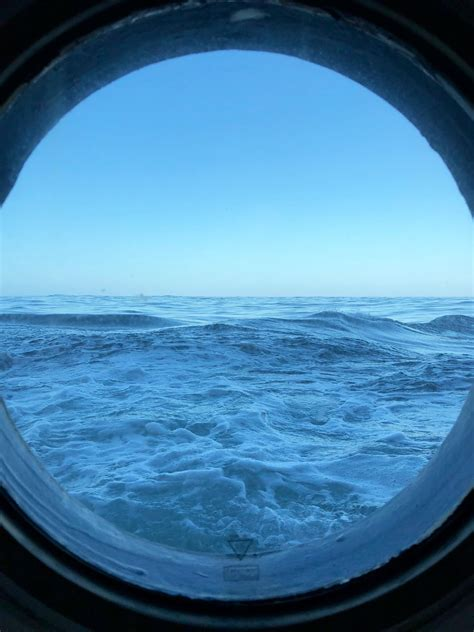 Portholes To My Thoughts - Schmidt Ocean Institute
