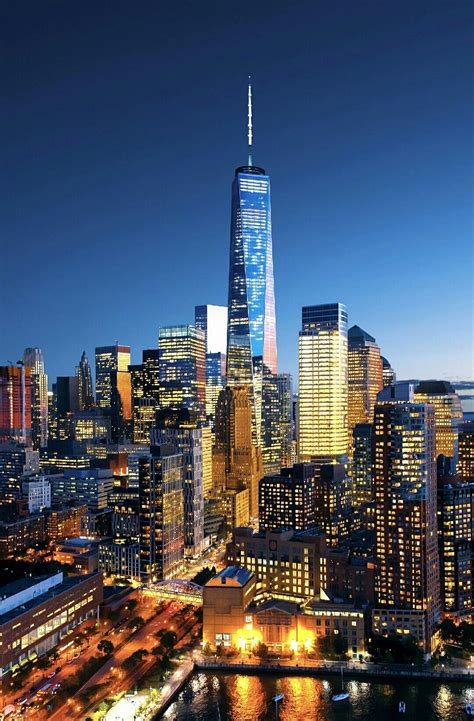 One WTC at night