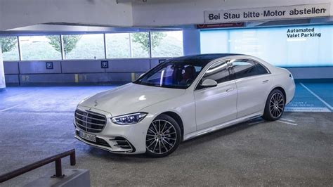 2021 Mercedes S-Class Automated Valet Parking Tech Demo Video